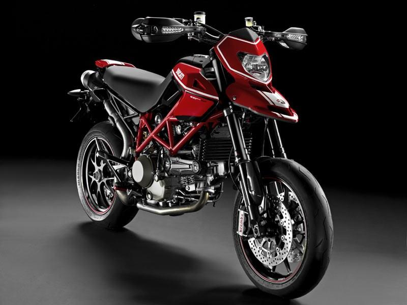 DUCATI HYPERMOTARD 1100 (2009-2012) Review | MCN