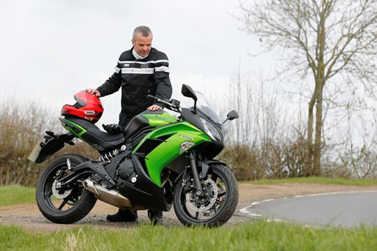 Kawasaki Er6 Test Motorrad Bild Idee