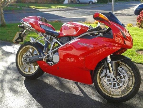Bike of the Day: 2004 Ducati 749S   MCN