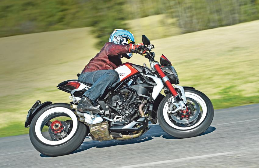 Mv Agusta Brutale 800 Dragster Rr 2014 On Review Mcn