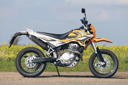 SINNIS APACHE 250  (2014-on)