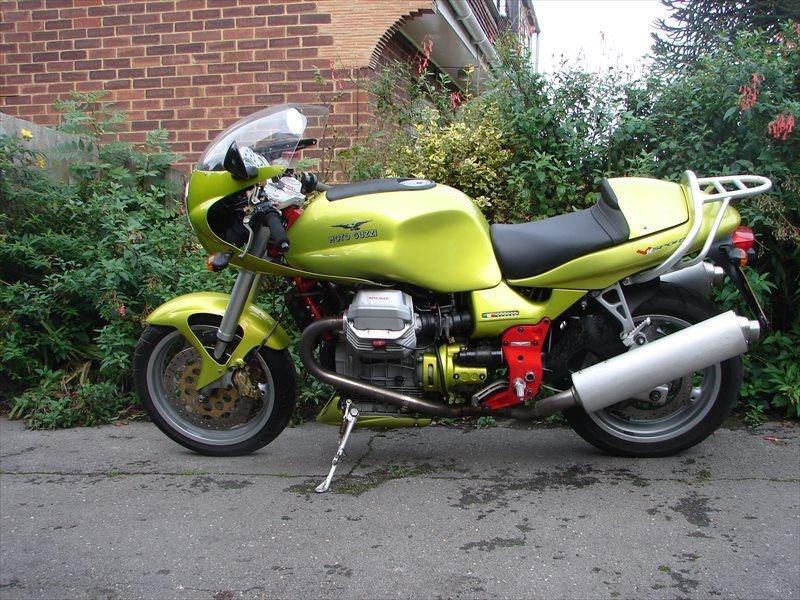 bike of the day moto guzzi v11 sport mcn. Black Bedroom Furniture Sets. Home Design Ideas
