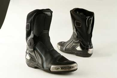 Boot Review Dainese Quito Mcn