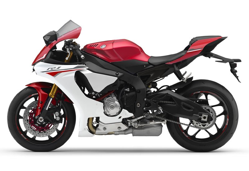 Yamaha R1 2015 On Review Owner Expert Ratings Mcn