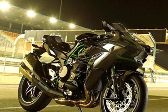 2010 Kawasaki Ninja ZX-10R | Superbike Wallpaper
