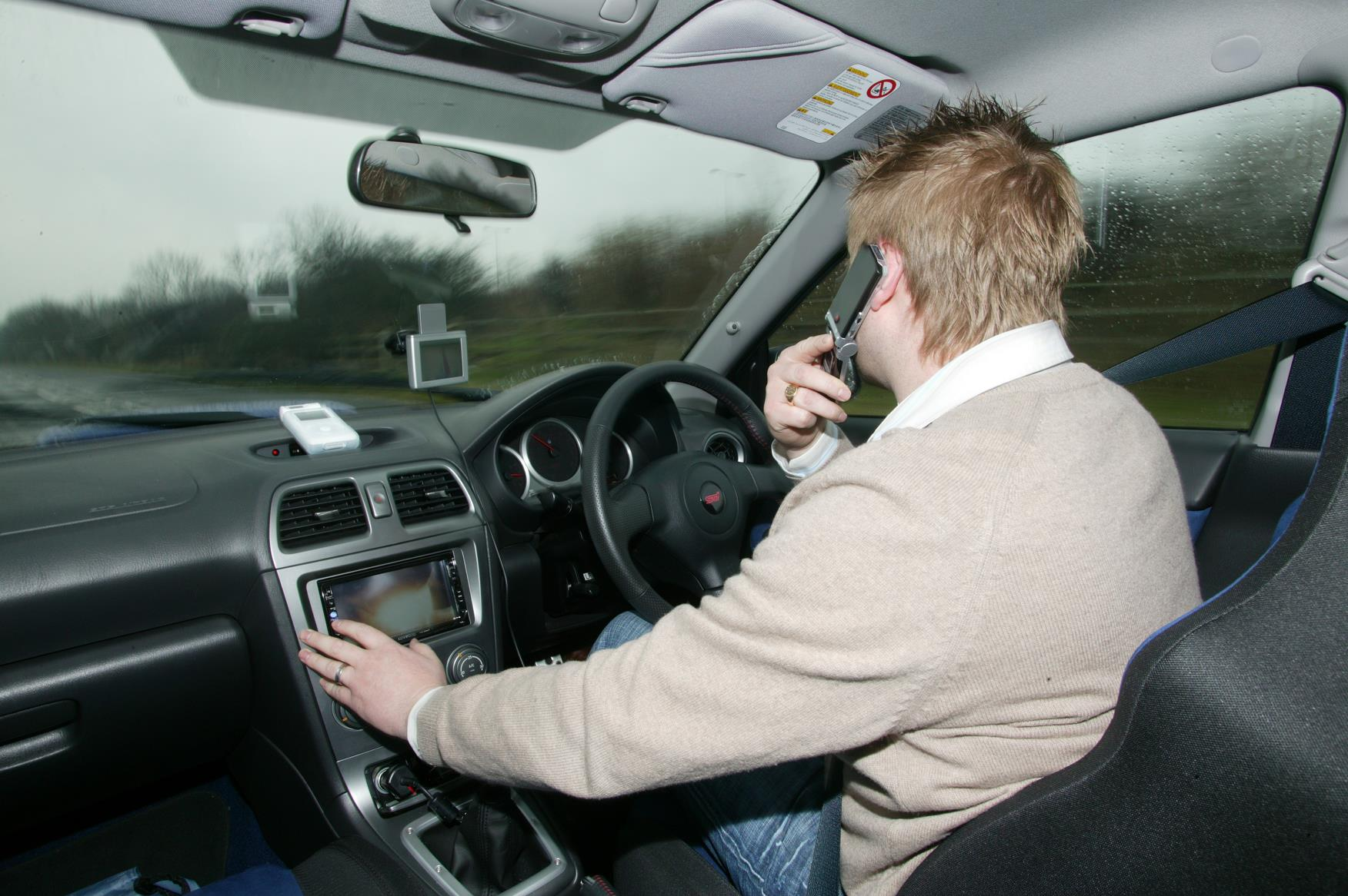 using phone while driving essay Persuasive essay - dangers of cell phone use while driving.