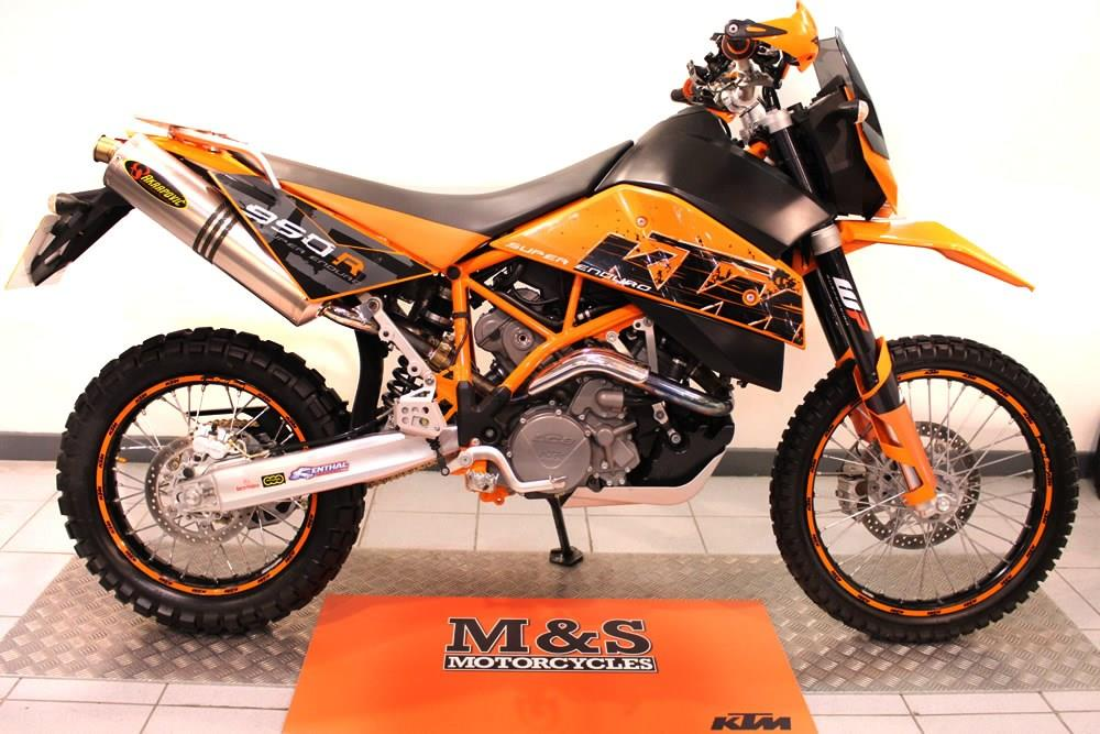 bike of the day ktm 950 super enduro. Black Bedroom Furniture Sets. Home Design Ideas