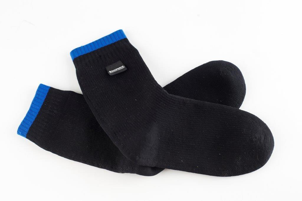 on sale great fit good selling Product Review: Sealskinz mid-length waterproof socks