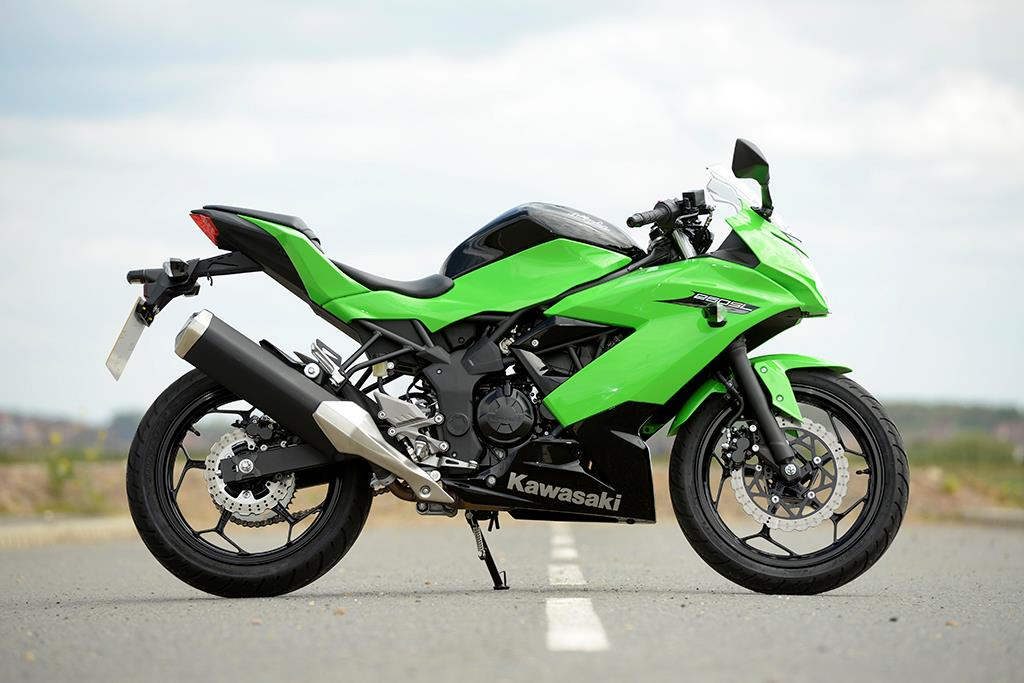 Kawasaki Ninja 250sl 2015 On Review Specs Prices Mcn
