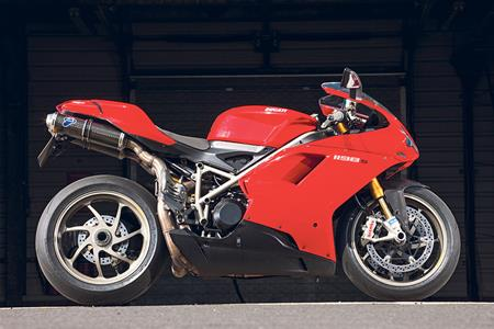 1198 >> Used Bike Spotlight Ducati 1198