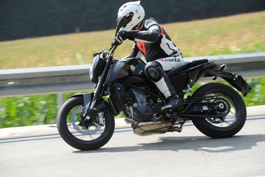 2016 ktm 690 duke prototype ridden | mcn