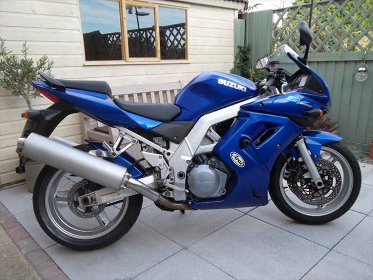 Nieuw Bike of the Day: Suzuki SV1000S RV-12