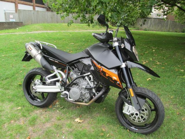 bike of the day ktm 990 supermoto. Black Bedroom Furniture Sets. Home Design Ideas