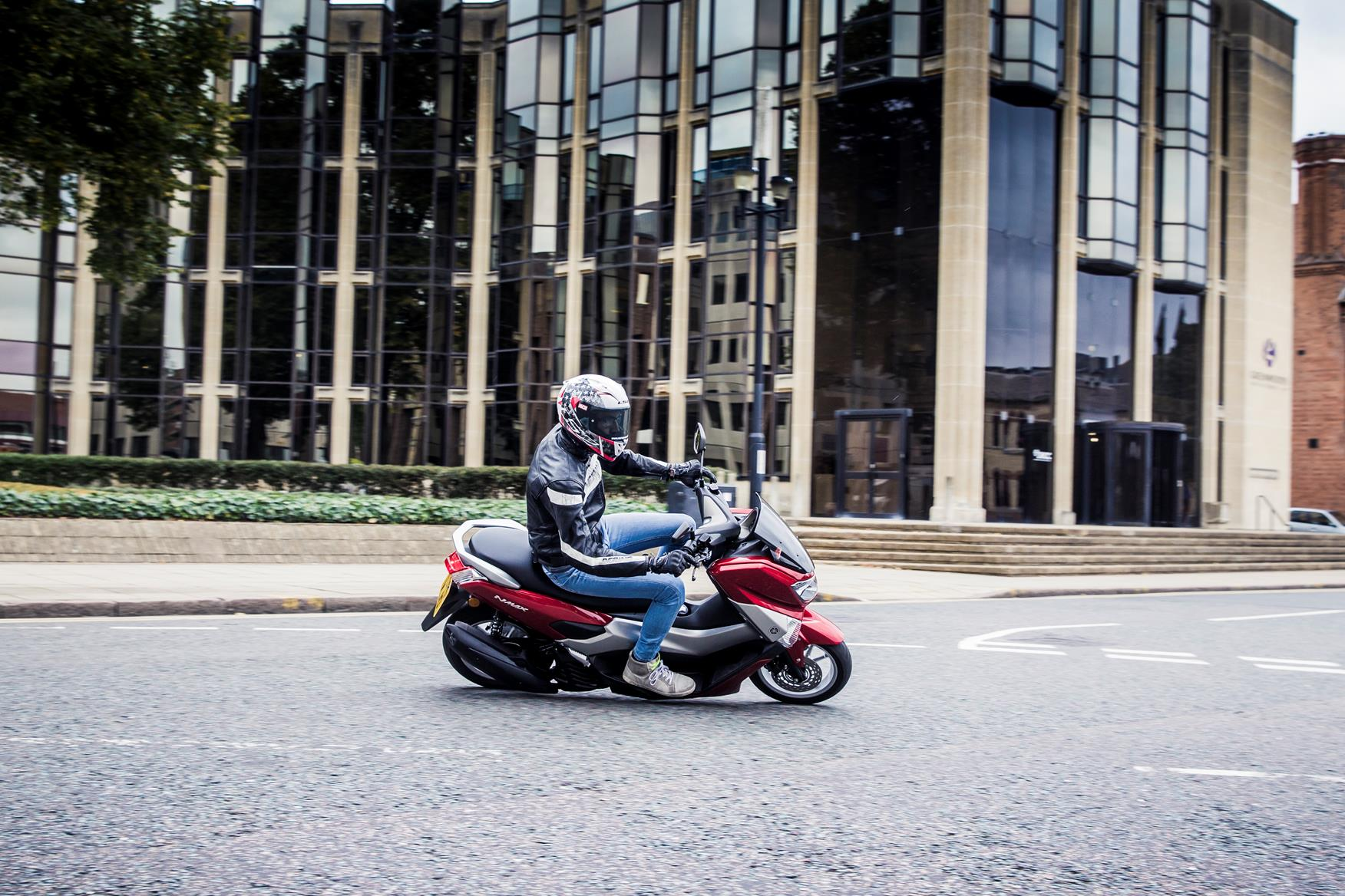 YAMAHA NMAX 125 (2015-on) Review | Speed, Specs & Prices | MCN