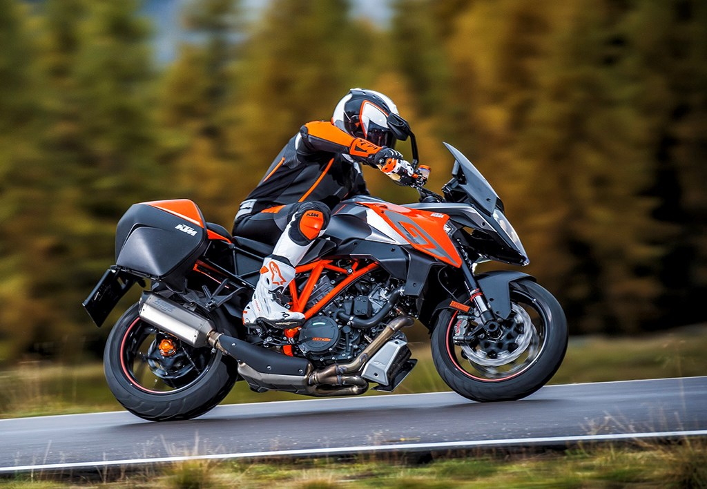 milan show: ktm debut aggressive 1290 super duke gt | mcn