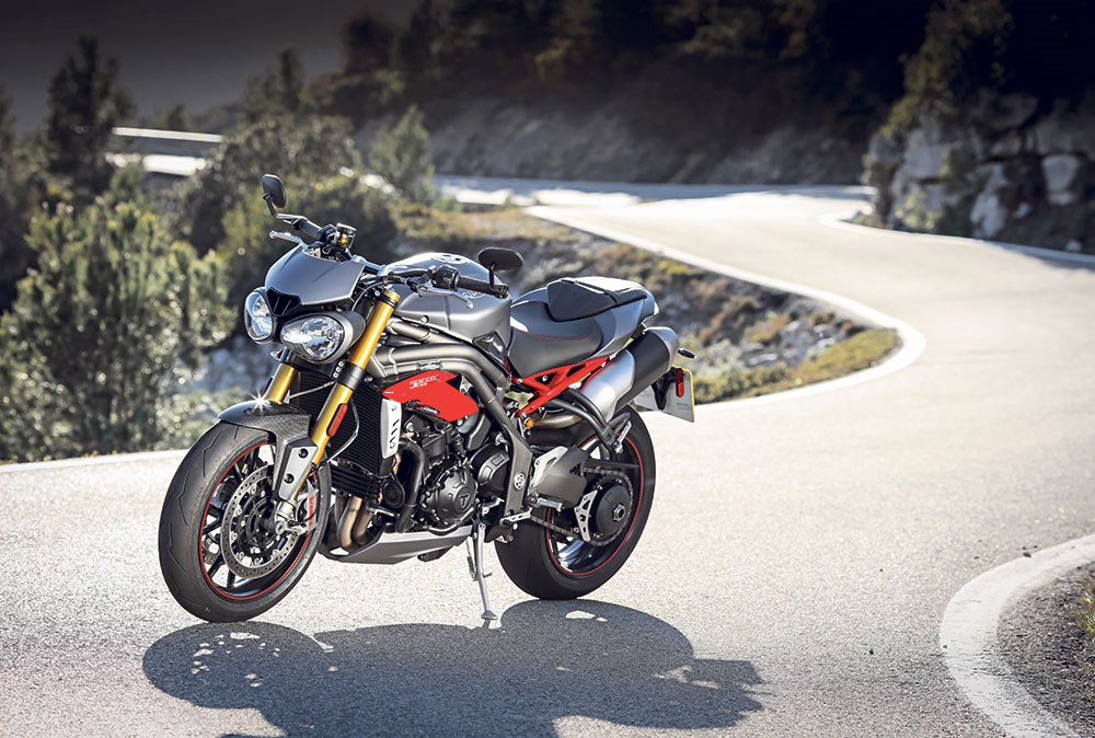 Triumph Speed Triple 1050 R 2016 On Review Mcn
