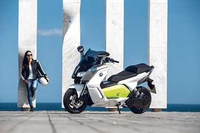 lit motors c1 the future of motorcycling mcn. Black Bedroom Furniture Sets. Home Design Ideas