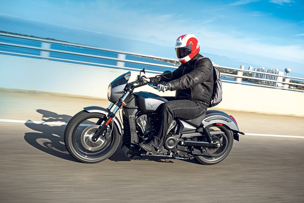VICTORY OCTANE (2016-on) Review | Speed, Specs & Prices | MCN