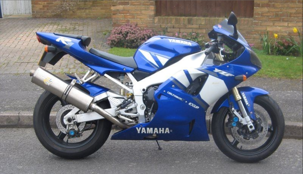 1998 R1 >> Bike Of The Day 1998 Yamaha R1