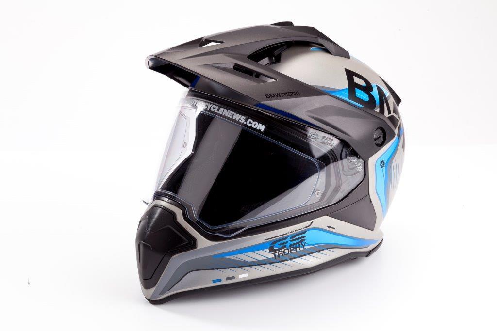 Product Review Bmw Gs Trophy Helmet 163 450 Mcn