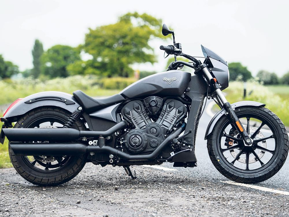 Flicking the Vs: Harley Roadster v Victory's Octane | MCN