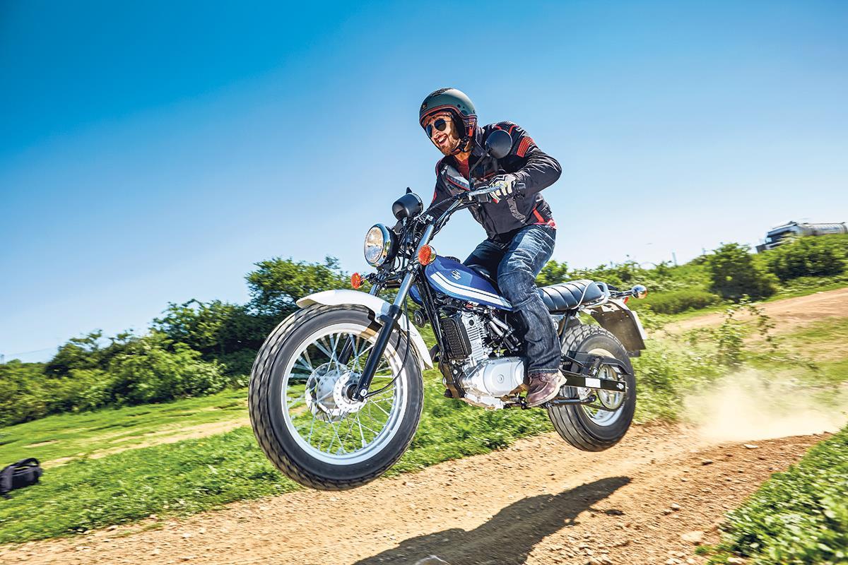 Suzuki VanVan 200 first ride | MCN