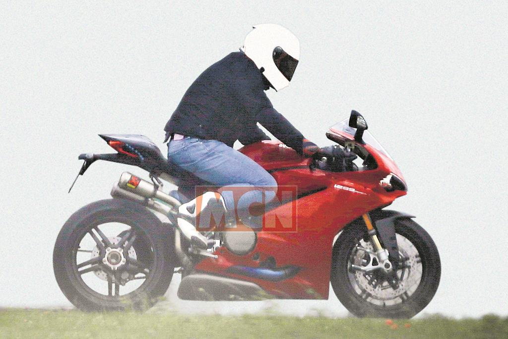 updated ducati 1299 panigale spied testing | mcn