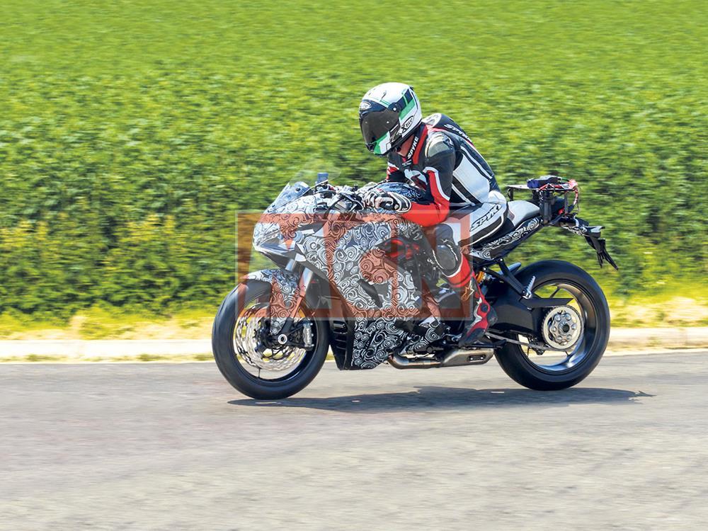 Ducati SuperSport 939 spied