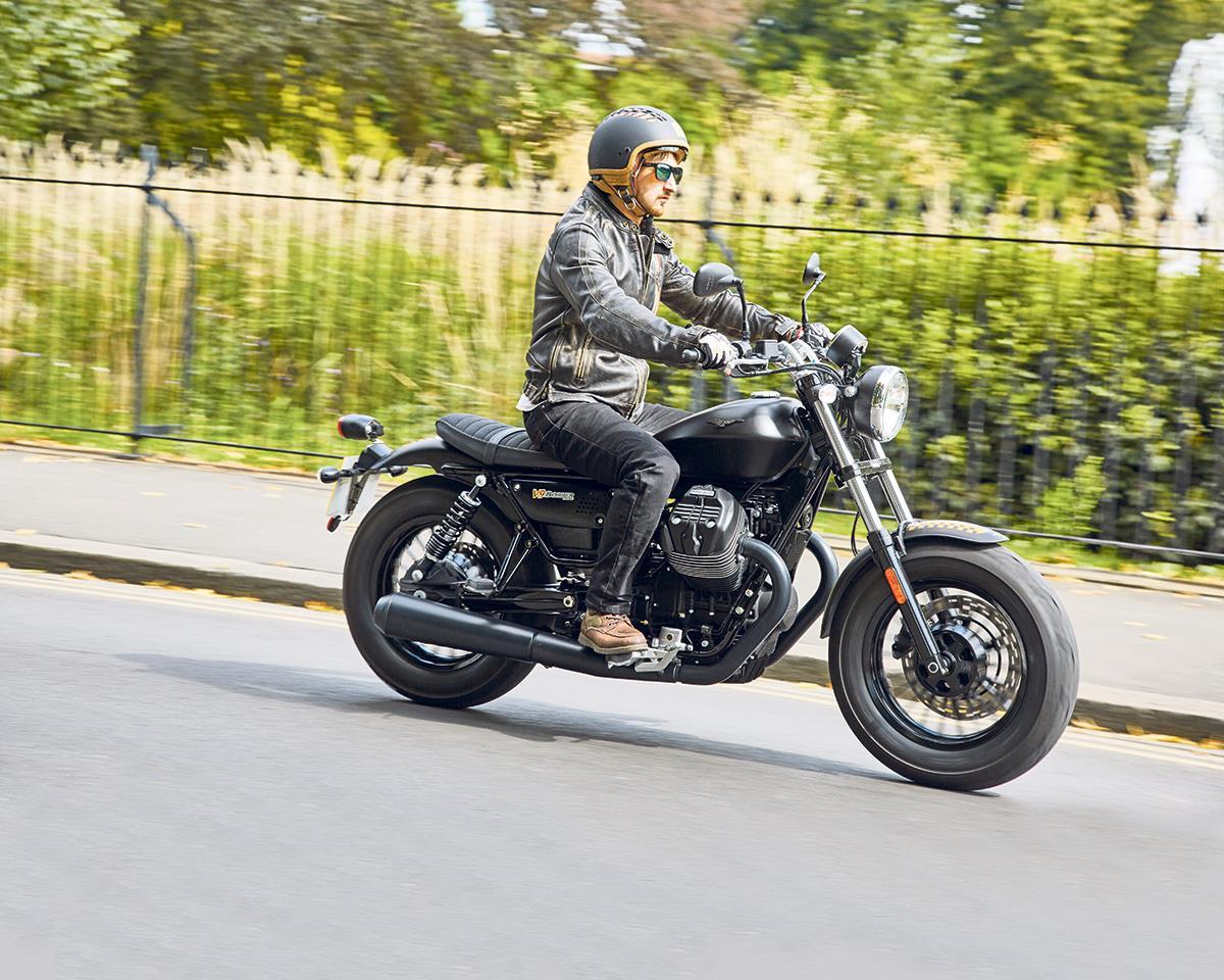 first ride moto guzzi v9 bobber. Black Bedroom Furniture Sets. Home Design Ideas