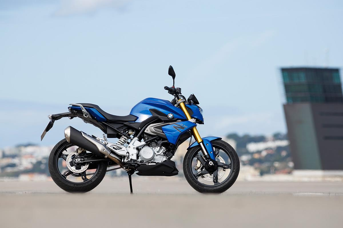 Bmw G310r 2016 On Review Mcn Front Wheel Bikes 2