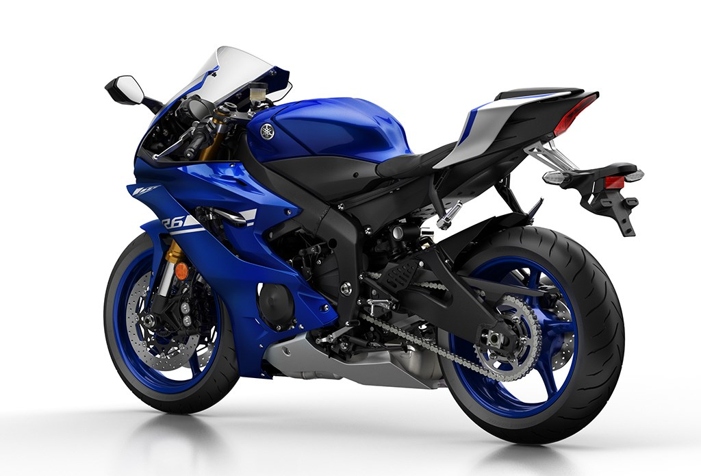 video yamaha reveal 39 radical 39 new yzf r6 for 2017 mcn. Black Bedroom Furniture Sets. Home Design Ideas
