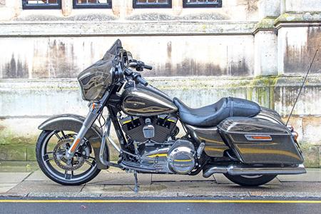 Spot the difference: Harley-Davidson Street Glide old vs new