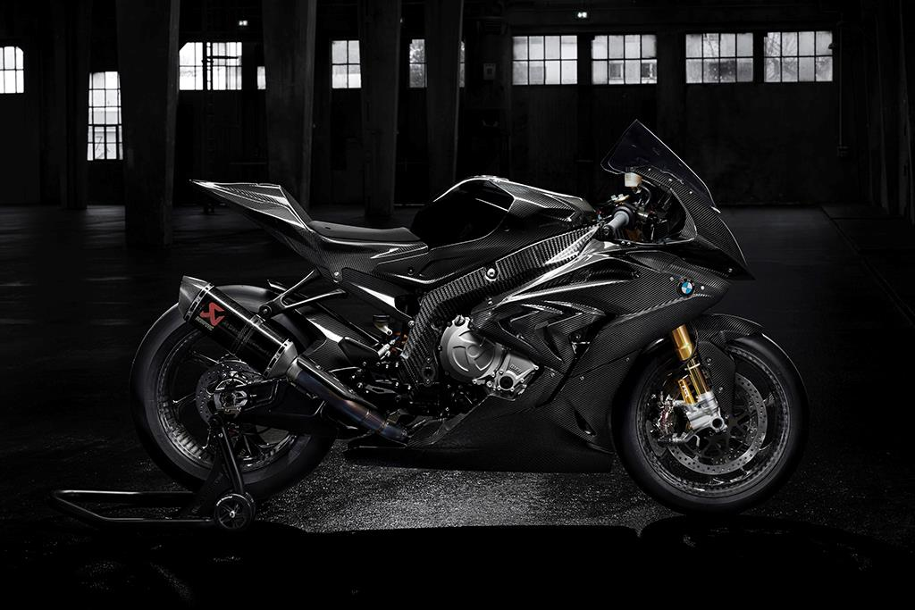 milan show say hello to the carbon framed bmw hp4 race mcn. Black Bedroom Furniture Sets. Home Design Ideas