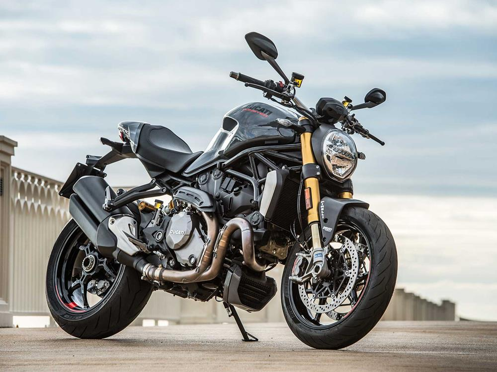 5 things we love about the ducati monster 1200 s | mcn