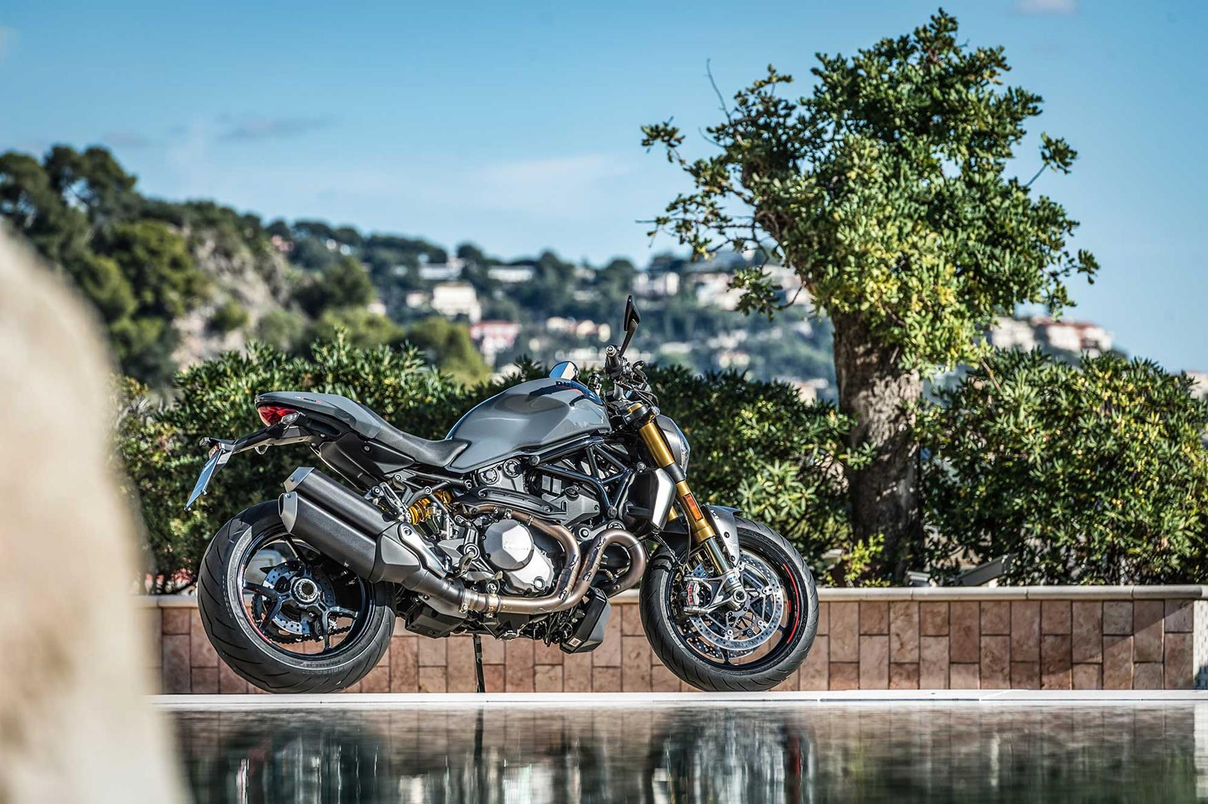 5 things we love about the Ducati Monster 1200 S