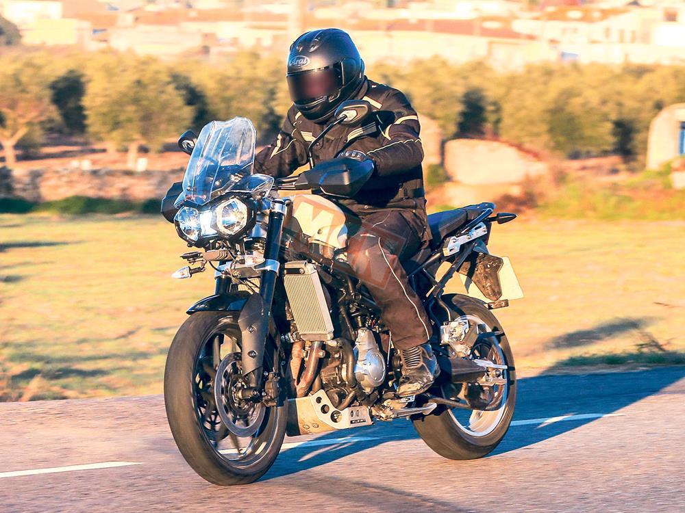 2018 ktm adventure 800.  Ktm Spy Shots Reveal New Version Of Triumphu0027s 800 Adventure Bike And 2018 Ktm