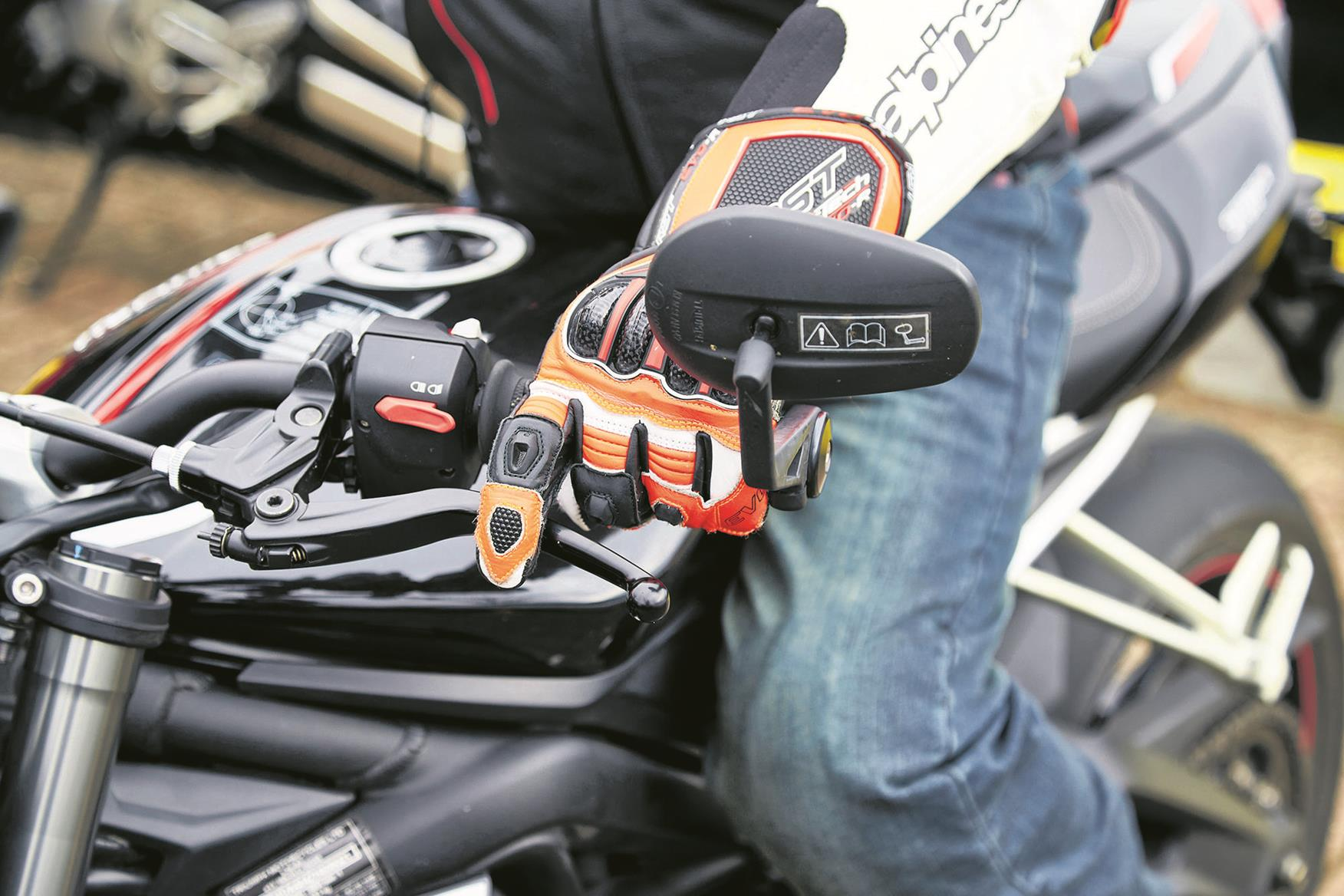 Smooth Gear Changes Are At The Heart Of Every Good Ride Mcn Box Motorcycle Quickshifters Becoming More Common But Using Clutch Can Put Less Strain On Your Gearbox