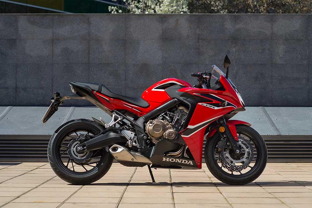 Outstanding Honda Cbr650F 2017 On Review Speed Specs Prices Mcn Alphanode Cool Chair Designs And Ideas Alphanodeonline