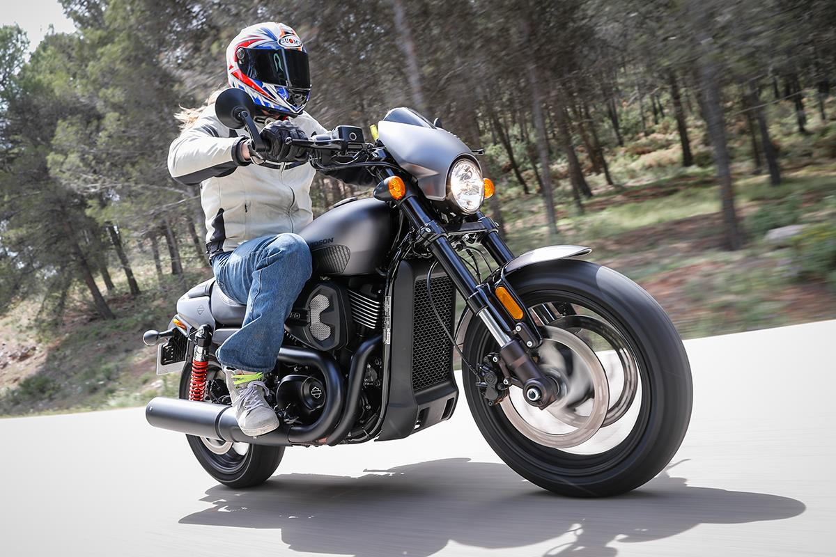 Harley Davidson: Harley-Davidson Street Rod: To V-twin Or Not To V-twin?