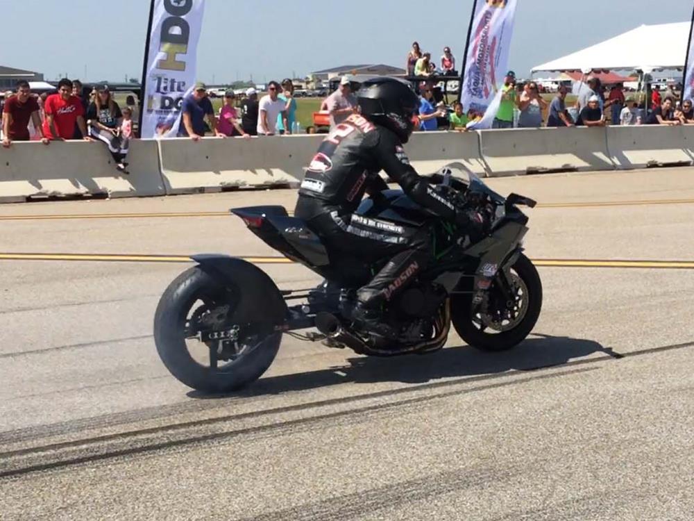 Rickey Gadson Sets Kawasaki H2 Speed Record Mcn