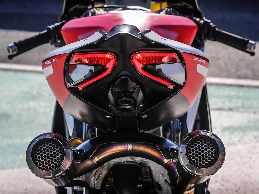 ducati 1299 superleggera: the most savage superbike ever | mcn
