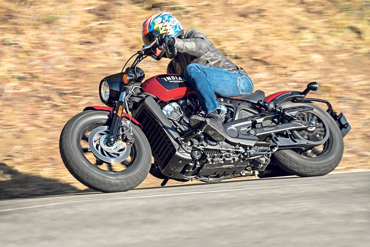 Indian Scout Bobber 2017 On Review Specs Prices Mcn