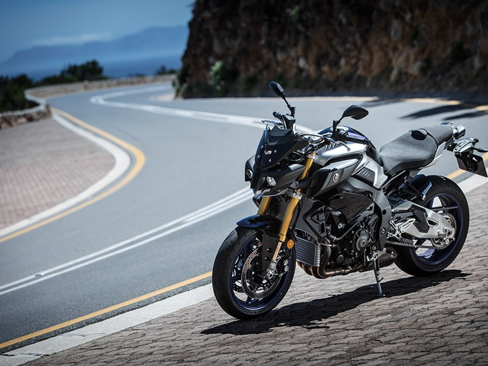 Yamaha Mt 10 Sp 2017 On Review Speed Specs Prices Mcn