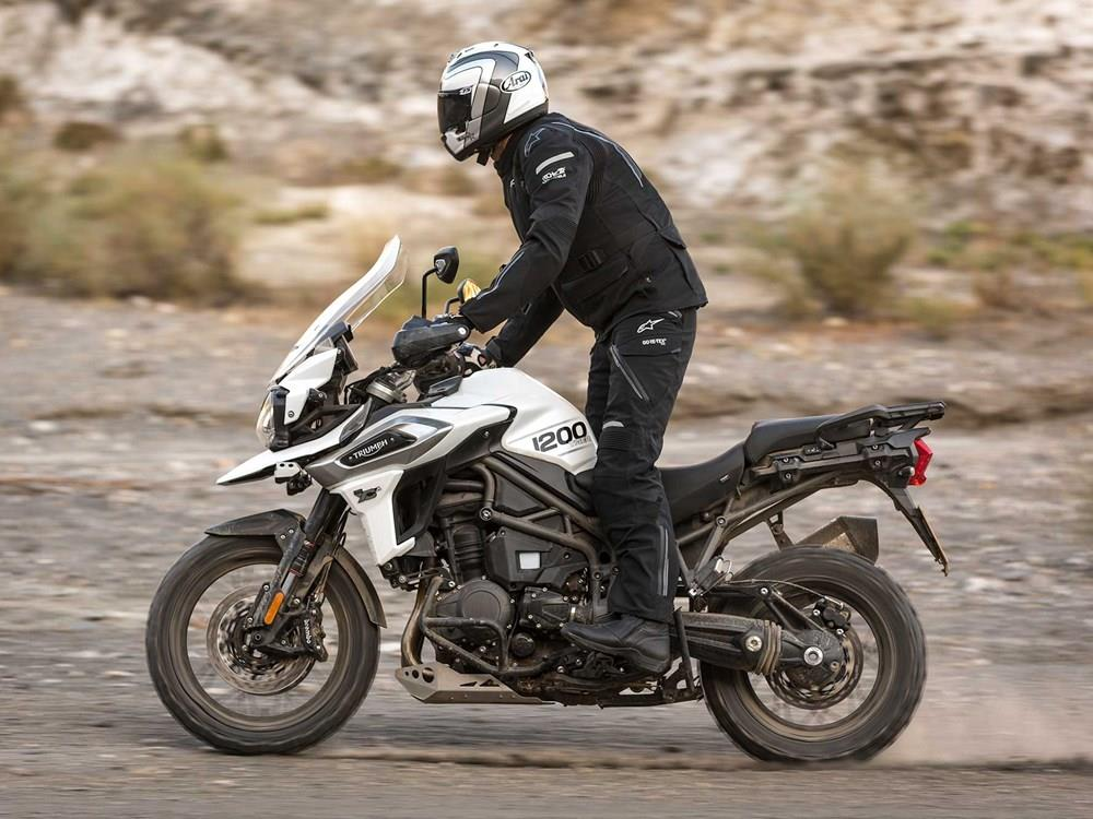 Triumph Tiger 1200 Xc 2018 On Review Specs Prices Mcn