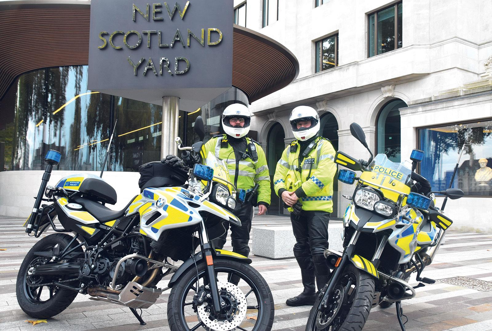 motorcycle police pictures  Police pursuit laws could be changing | MCN