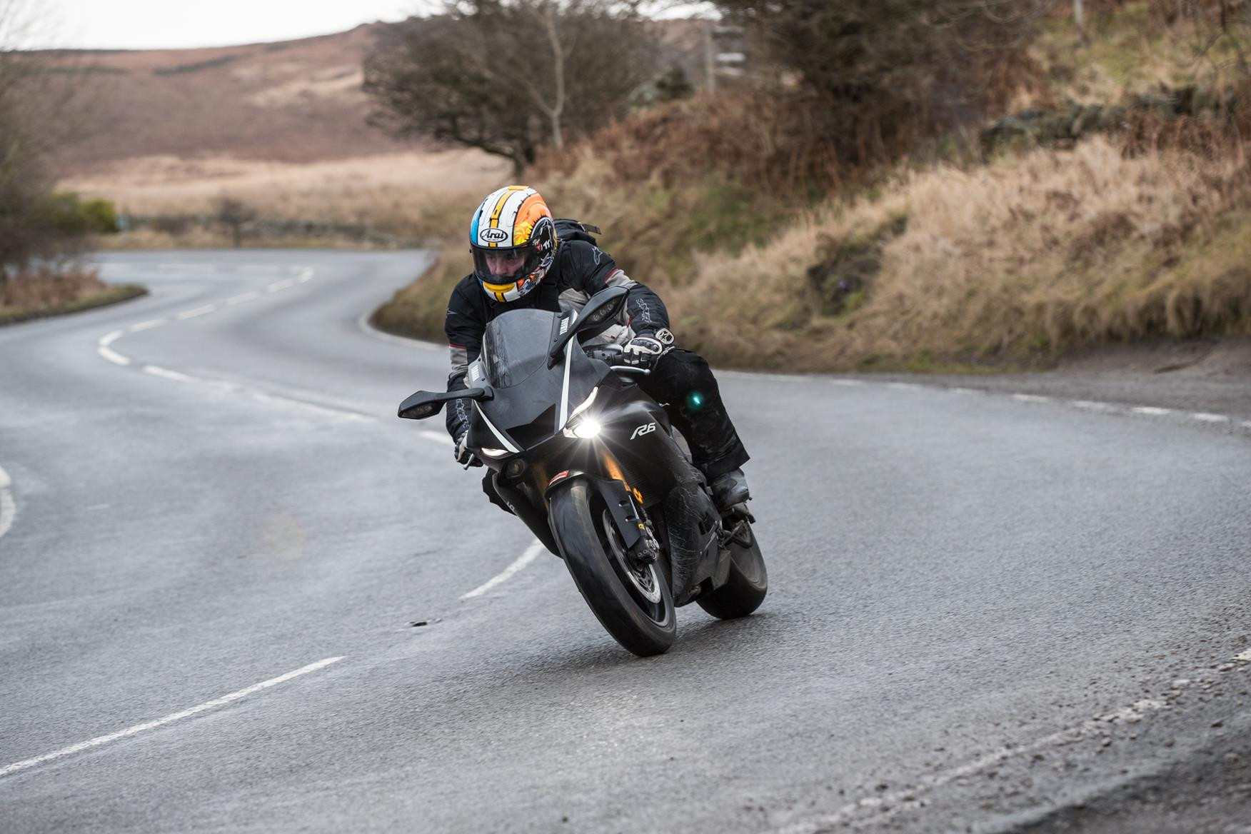 MCN Fleet: How costly is the R6?