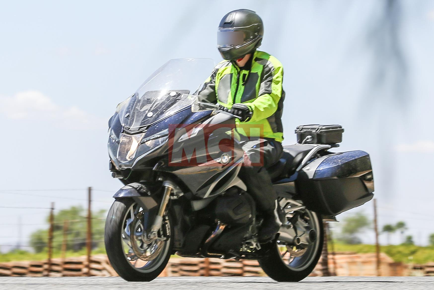 BMW-R1200-RT-1.jpg?mode=max&quality=90&s