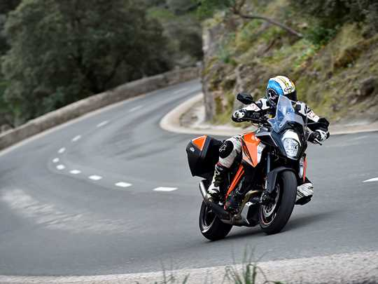 KTM 1290 SUPERDUKE GT  (2016-on)