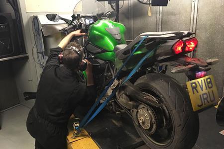 Kawasaki Ninja H2 Sx Vs Zzr1400 On The Dyno