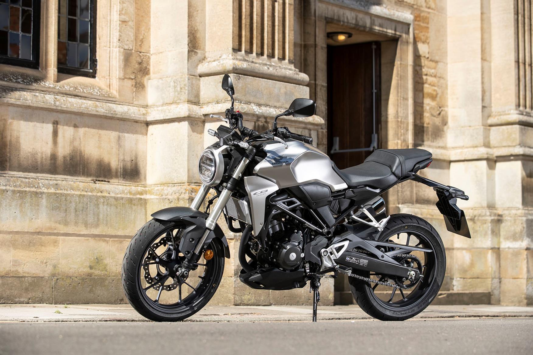 2020 Honda Rebel Top Speed.Honda Cb300r 2018 On Review Speed Specs Prices Mcn